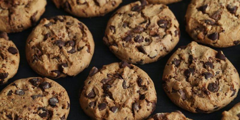 Cookies making machine